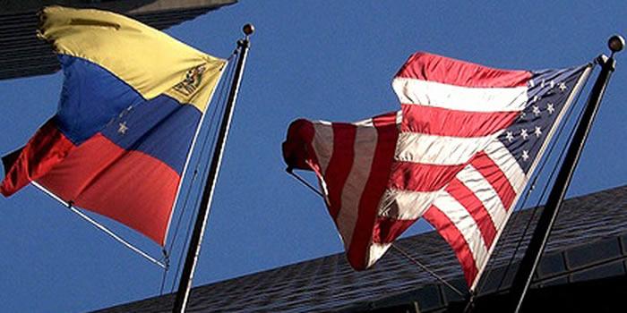 Banderas de Venezuela y EEUU